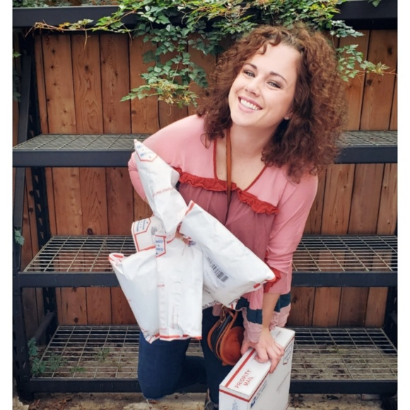 Meet the Posher Other - Meet your Posher, Michelle